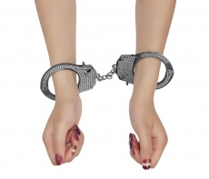 Lovetoy - Fetish Pleasure Diamond Handcuffs - Black photo