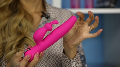 Swan - Adore Petiti Beauty Vibrator - Pink photo